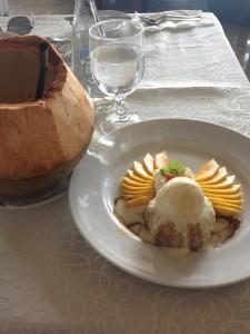 Desert yang lezat di Klapa Resto
