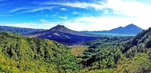 Pemandangan Gunung Batur dilihat dari Kintamani
