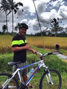 Salah satu pemberhentian untuk melihat padi yang dipanen