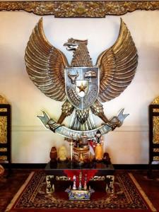 Patung Bhinneka Tunggal Ika