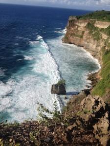 Keindahan Alam dari Pura Uluwatu